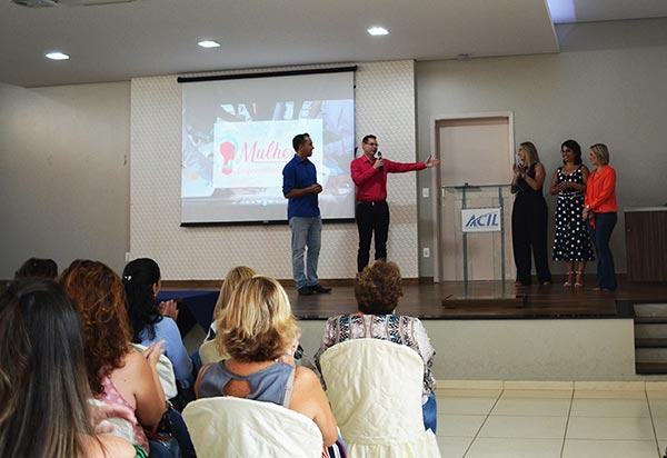 e8ec425672 ... de unir as mulheres dirigentes e em cargos de liderança para fortalecer  o empreendedorismo feminino de Leme e Santa Cruz da Conceição